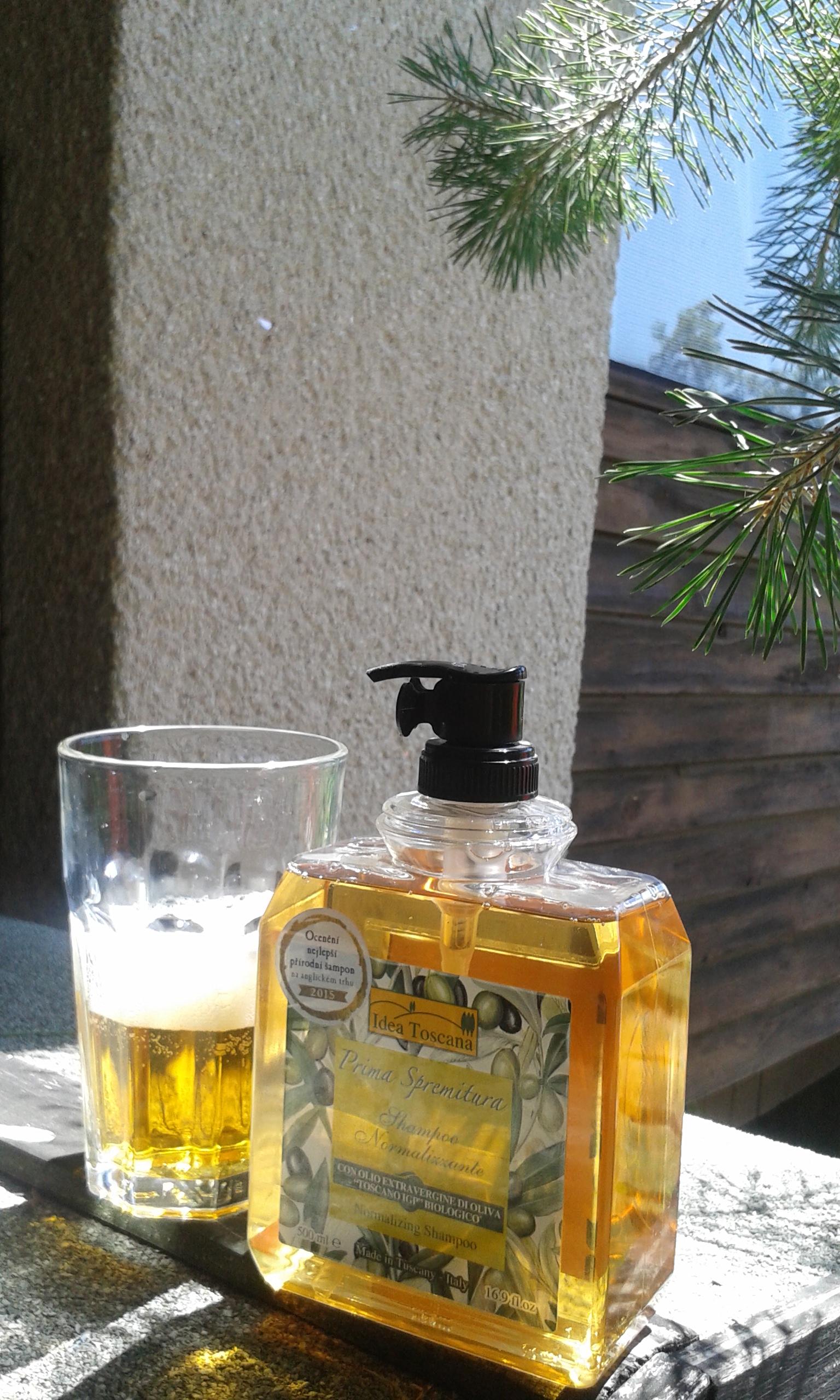 Proč obsah některých šarží šamponu, sprchového gelu nebo tekutého mýdla není čirý?